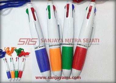 Terdapat 4 pilihan warna pen