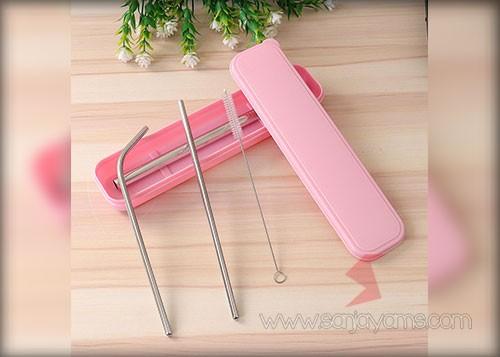 Sedotan stainless dengan box pink