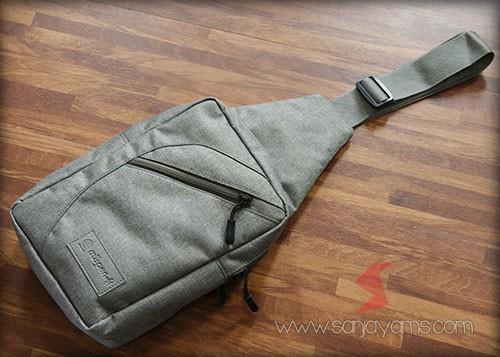 Sling bag warna abu-abu