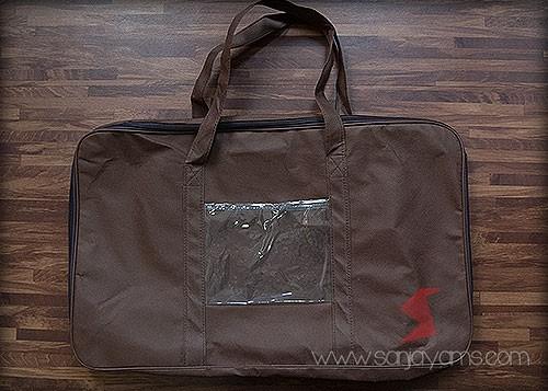 Tas sarung bantal bagian belakang
