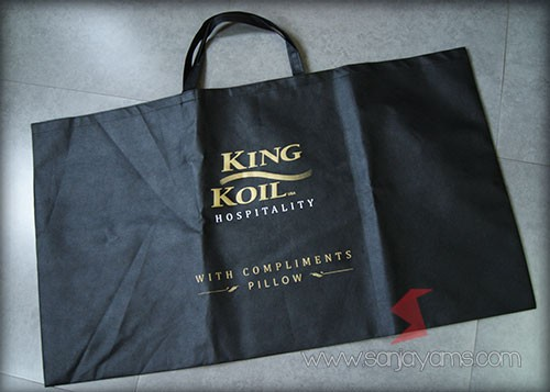Tas spunbond ukuran jumbo dengan cetakan logo - King Koil