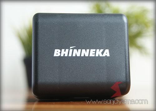 Kotak travel adaptor - Bhinneka